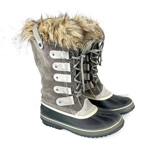 SOREL JOAN OF ARCTIC TALL BOOTS SIZE 8.